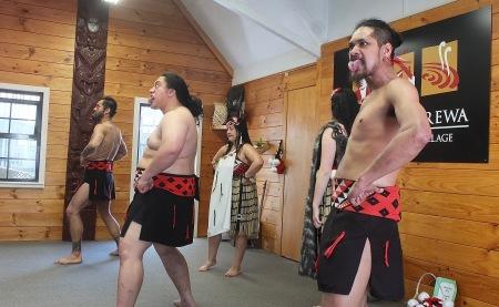 Les danseurs maoris
